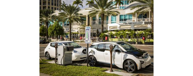bmw and nissan electric car fast charging station 100539352 m